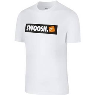 Tričká s krátkym rukávom Nike  Tee Swoosh Bmpr