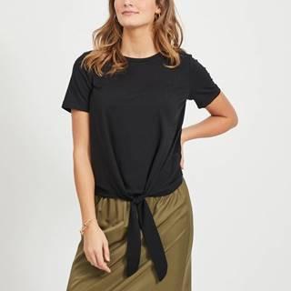 Čierne tričko so zaväzovaním .OBJECT