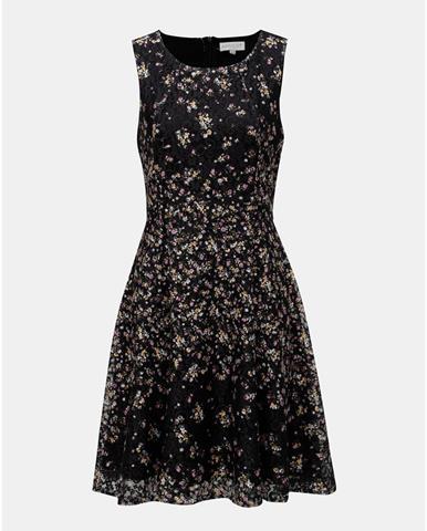 d45348cf7ff9 ZĽAVA 20% na Čierno-biele vzorované šaty so sťahovaním v páse ONLY ...