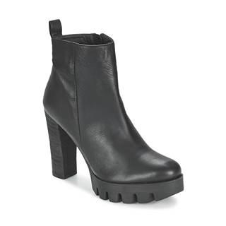 Čižmičky Shoe Biz  LOVETTA