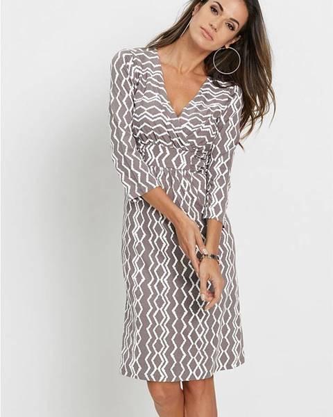 Úpletové šaty s potlačou